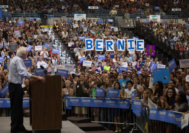 Bernie Crowd shot Boulder